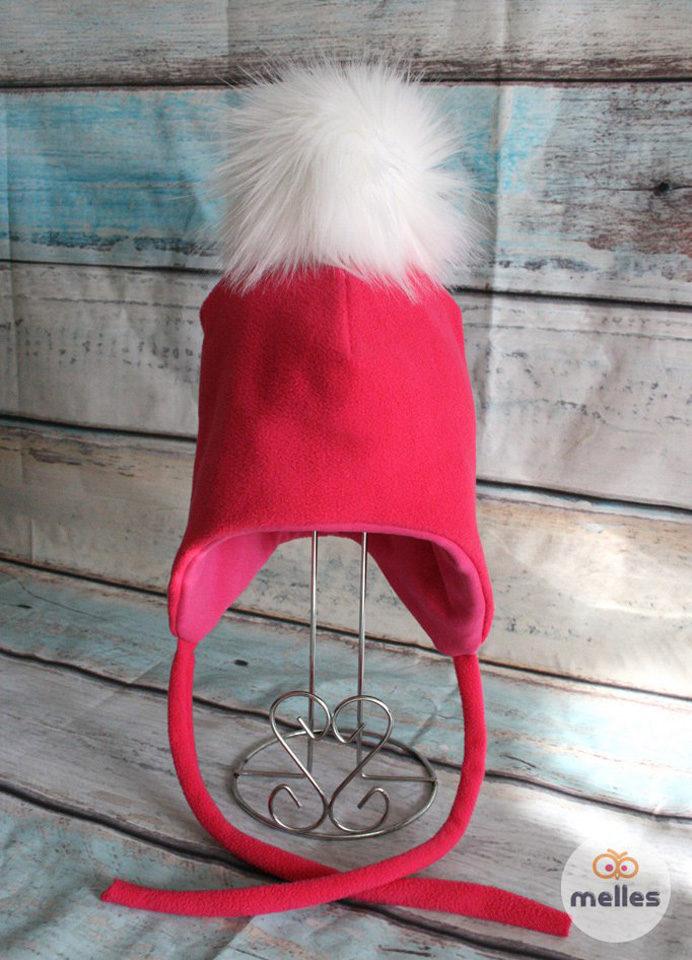 Флисовая шапка с искусственным помпоном